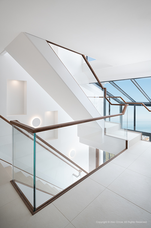 Glass atrium and staircase in Brighton residence WS Planning & Architecture